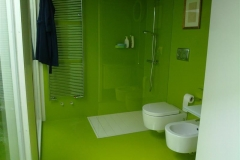 Pavimento e rivestimento in resina verde