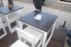 Rivestimento in resina sui tavolini